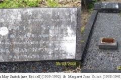 Una & Margaret Snitch Grave Aus